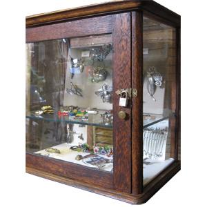 Gabinetes de joyería y obras de arte