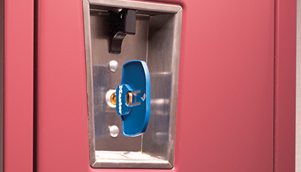 A built-in keyed locker lock