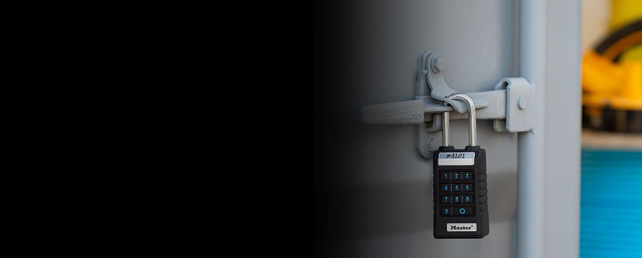 Elektronische slotkast die een deur beveiligt